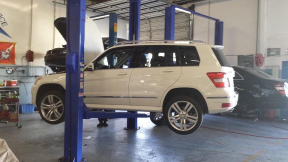 Three Points Star Motors in Sacramento, CA   5656 Auburn Blvd, Ste 6 ...