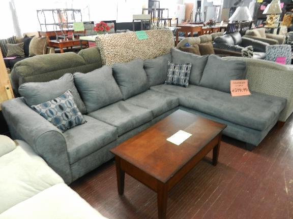 Lindieu0027s Furniture Shop