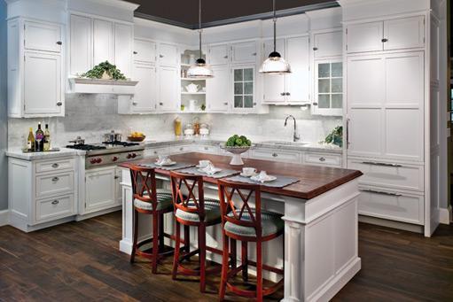 Merveilleux E W Kitchens Inc