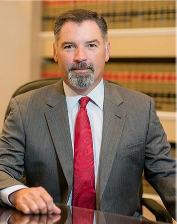 Saunders Thomas C Attorney - 1940 E Edgewood Dr, Lakeland, FL