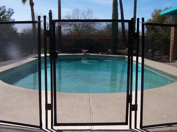Removable Pool Fence With Lock In Deck Posts Protect A Child Pool Fence Mesh Pool Fence Backyard Pool