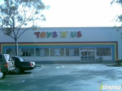 Toys R Us 11340 South St Cerritos Ca